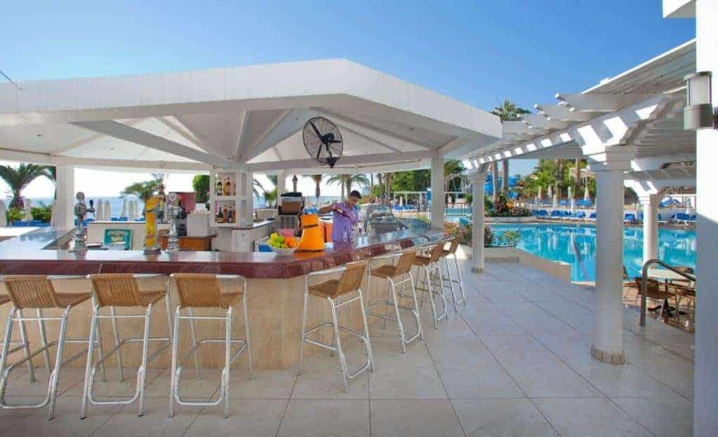 Poseidon Pool Bar